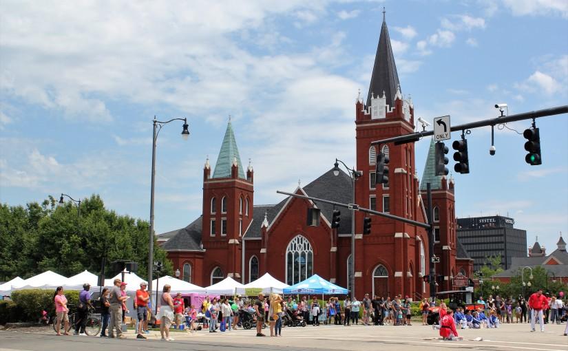 Fayetteville's Dogwood Festival